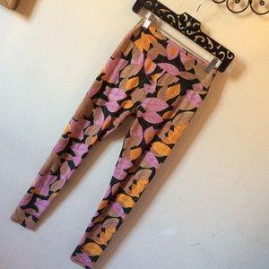 LuLaRoe Pants - Fairy Leaf Lularoe Pink & orange leggings One Size